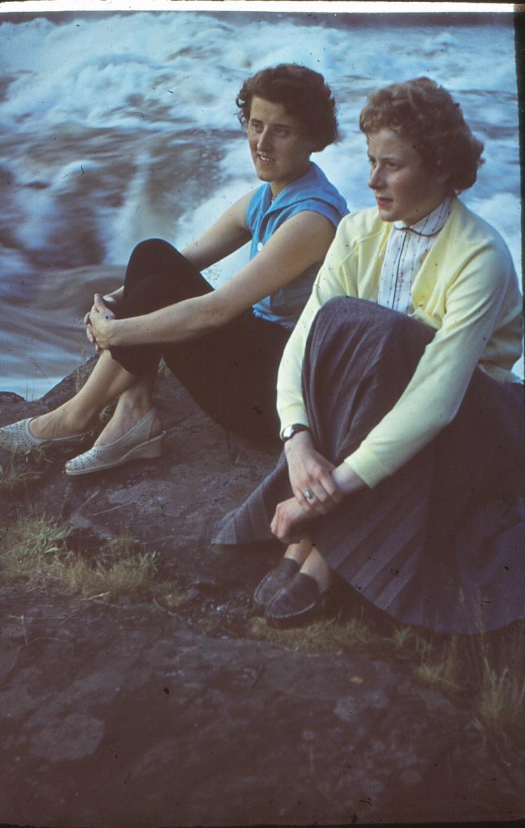 Mor og tante Gunvor